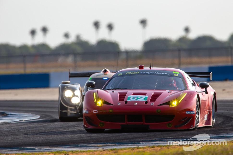 http://cdn-2.motorsport.com/static/img/mgl/1500000/1520000/1521000/1521800/1521832/s1_1.jpg