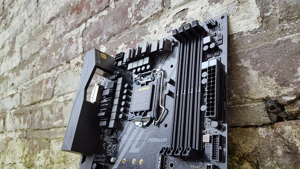 http://techgaming.nl/image_uploads/reviews/ASRock-Z370-Killer-SLI/Bestand%20(19).jpg