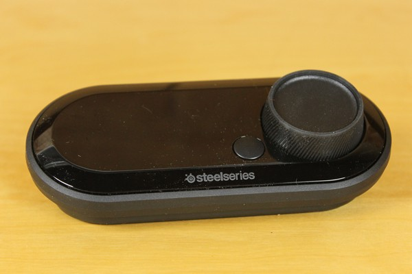 http://www.rooieduvel.nl/reviews/Steelseries/Arctis_Pro_Game/Pics/IMG_8004.JPG