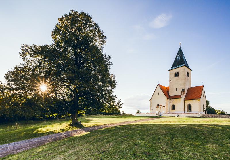 http://www.hansjellema.nl/tweakers/kerkje800.jpg
