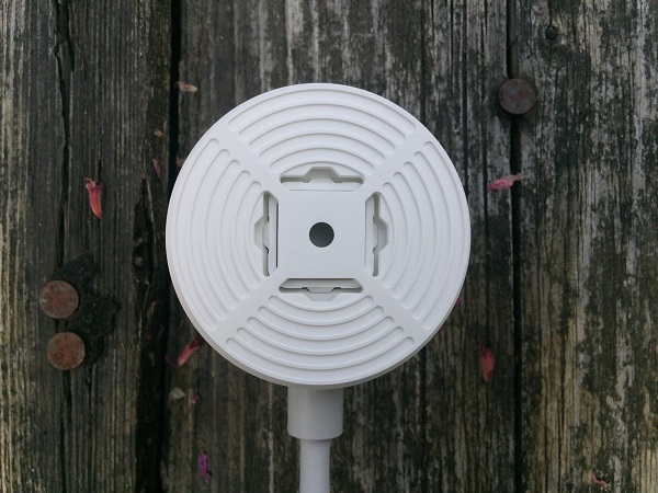 http://techgaming.nl/image_uploads/reviews/Nestcam-outdoor/Bestand%20(11).JPG