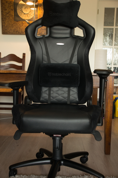 http://www.nl0dutchman.tv/reviews/noblechairs-epic/1-49.jpg