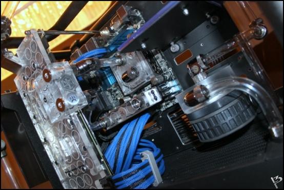 http://www.l3p.nl/files/Hardware/L3peau/Buildlog/156%20%5b550xl3pw%5d.JPG