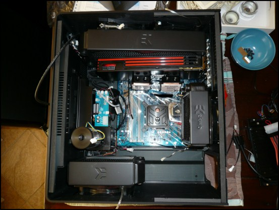 http://www.l3p.nl/files/Hardware/L3pL4n/550/P1070494%20%5B550x%5D.JPG