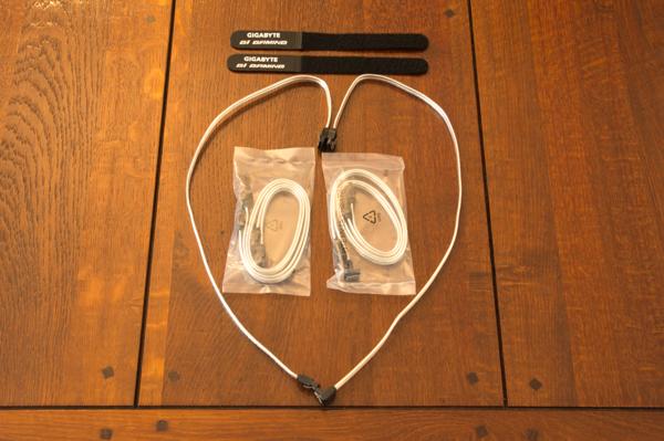 http://www.nl0dutchman.tv/reviews/gigabyte-x99-ultragaming/2-15.jpg