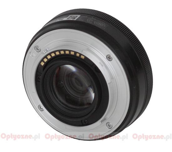 http://www.lenstip.com/upload2/96088_fuj27_obu2.jpg