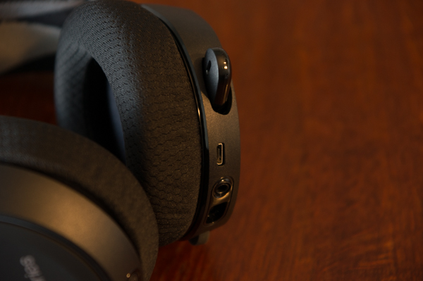 http://www.nl0dutchman.tv/reviews/steelseries-arctis7/1-96.jpg