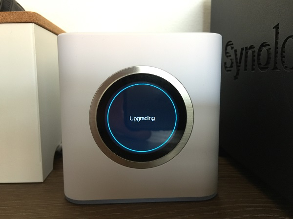 http://techgaming.nl/image_uploads/reviews/Ubiquiti-AmpliFi-HD/upgrade.jpeg