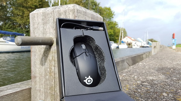 http://techgaming.nl/image_uploads/reviews/Steelseries-Rival-310/Bestand%20(4).jpg