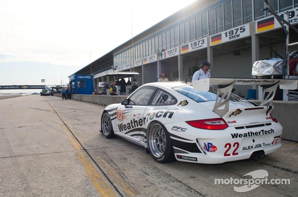 http://cdn-6.motorsport.com/static/img/mgl/1500000/1510000/1511000/1511700/1511716/s1_1.jpg