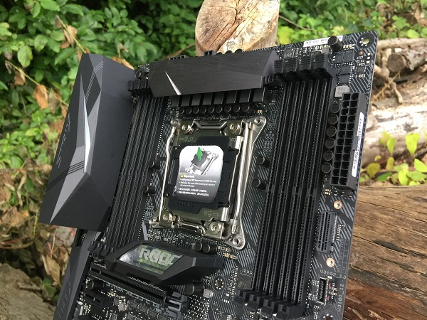 http://techgaming.nl/image_uploads/reviews/Asus-ROG-X299-Strix/Bestand%20(22).JPG