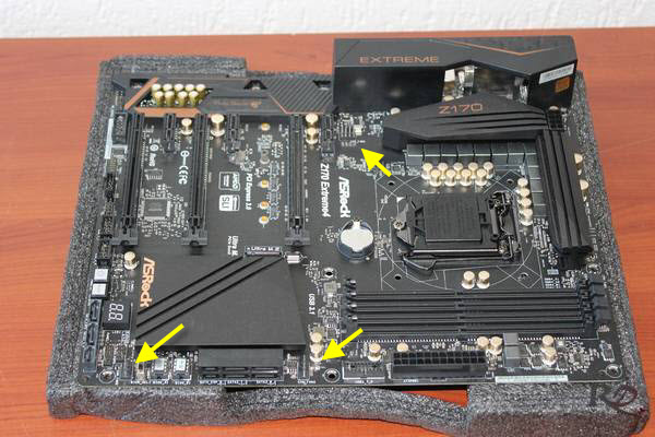 http://www.tgoossens.nl/reviews/Asrock/Z170_Extreme4/pics/IMG_4284a.jpg