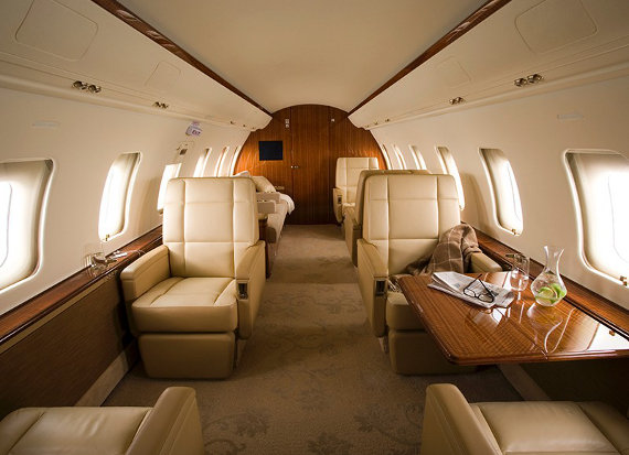 http://www.sherpareport.com/images/stories/planes/Challenger605-interior-570.jpeg