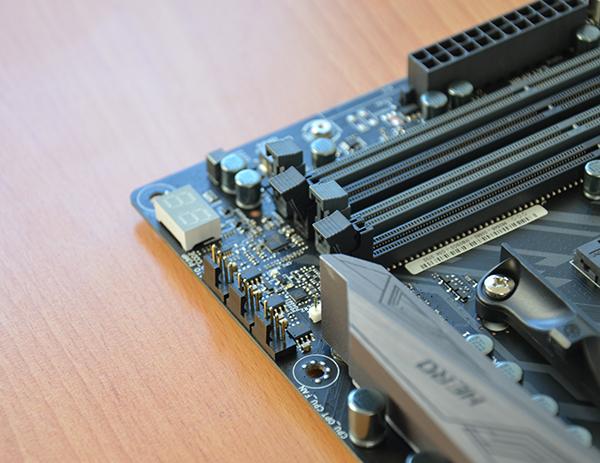 http://www.techtesters.eu/pic/ASUSX370CROSSHAIR/423.jpg
