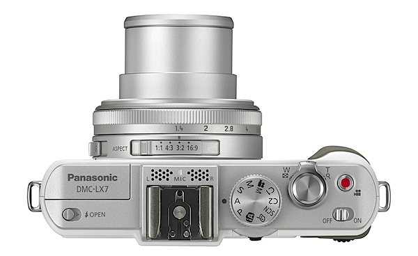 http://digital-photography-school.com/wp-content/uploads/2013/02/Panasonic-Lumix-DMC-LX7-Review-Top.jpg