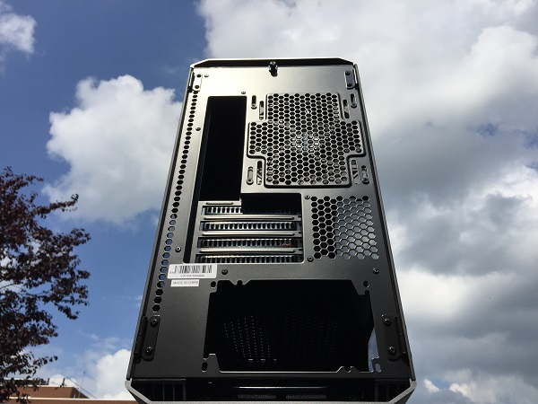 http://techgaming.nl/image_uploads/reviews/Phanteks-Evolv-mATX/Bestand%20(12).JPG