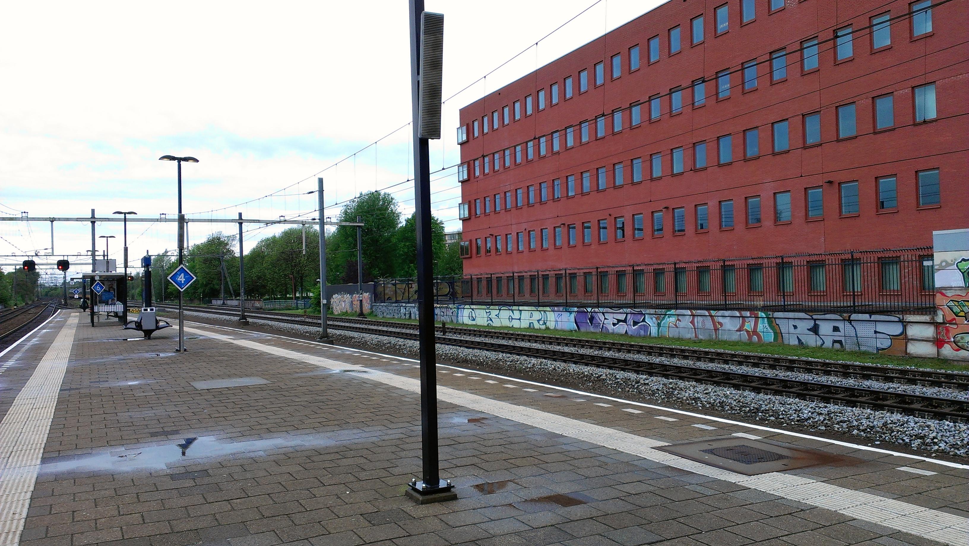 http://www.few.vu.nl/~jas320/fotoos/foto1.jpg
