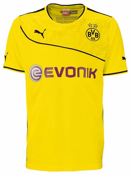 http://4.bp.blogspot.com/-91o8wVED-cQ/UnEhp1wUgEI/AAAAAAAAJus/83F1DaP4kp8/s700/Borussia+Dortmund+2013-14+Wintertrikot+(1).jpg