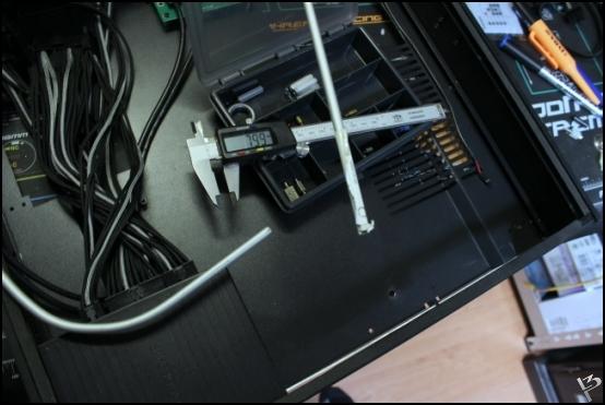 http://www.l3p.nl/files/Hardware/SteigerWood/Buildlog/110%20%5b550xl3pw%5d.JPG