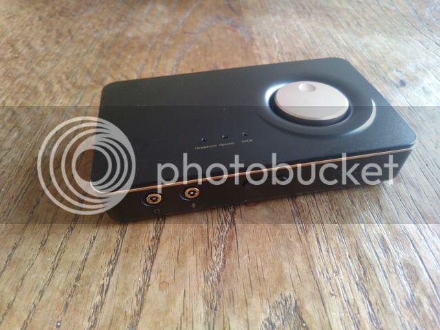 http://i1274.photobucket.com/albums/y439/RobinKuijp/Tweakers%20Product%20reviews%20etc/Asus%20u7%20review/DSC_0154_zpsbfhcw7j1.jpg
