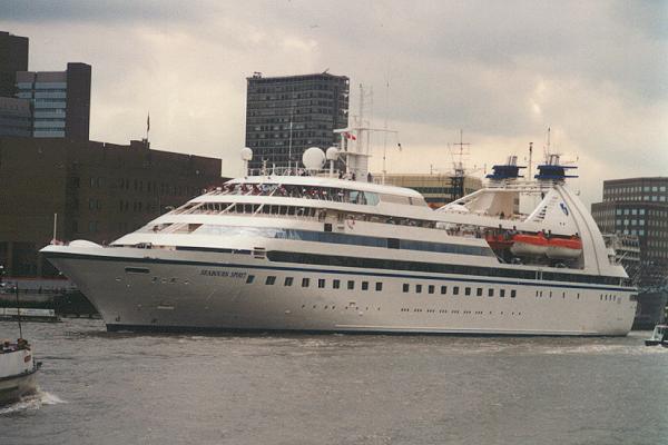 http://www.cruiseshipportal.com/fileadmin/photos/schiffe/kreuzfahrtschiffe/seabournspirit.jpg
