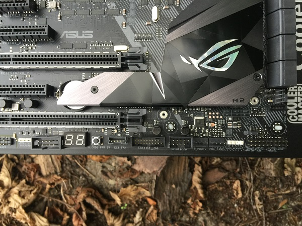 http://techgaming.nl/image_uploads/reviews/Asus-ROG-X299-Strix/Bestand%20(10).JPG