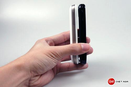 http://androidguys.com/wp-content/uploads/htc_samsung_002.jpg